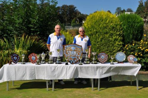 Ivor Barber and Peter Gilbert with the trophies in 2014